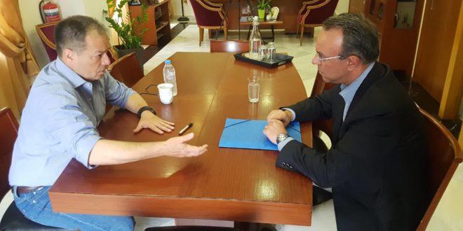 Σύσκεψη εργασίας Χρ. Σταϊκούρα – Ν. Σταυρογιάννη στο πλαίσιο επισκέψεων στους Δήμους της Φθιώτιδας