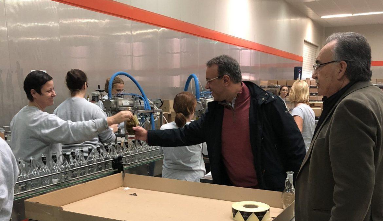 Επίσκεψη σε παραγωγικές μονάδες του Δήμου Καμένων Βούρλων (φωτογραφίες) | 24.11.2018
