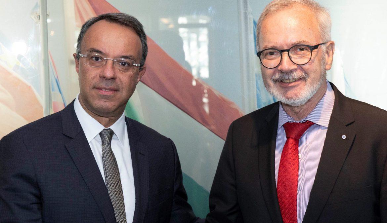 Συνάντηση του Υπουργού Οικονομικών με τον Πρόεδρο της ΕΤΕπ στο Λουξεμβούργο (Κοινό Δελτίο Τύπου με ΕΤΕπ) | 10.10.2019