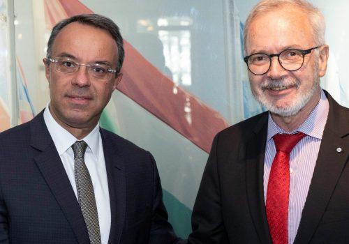 Συνάντηση του Υπουργού Οικονομικών με τον Πρόεδρο της ΕΤΕπ στο Λουξεμβούργο (Κοινό Δελτίο Τύπου με ΕΤΕπ)   10.10.2019
