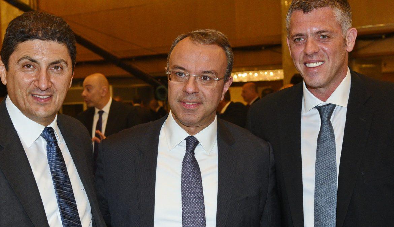 Ο Υπουργός Οικονομικών στο 30th Αnnual Greek Economic Summit και στην κοπή πίτας του ΕΒΕ Πειραιά (φωτογραφίες) | 13.1.2020
