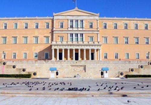 Ερώτηση αναφορικά με τη δωρεάν παραχώρηση των τίτλων ιδιοκτησίας στους αρχικούς ή καθολικούς ή ειδικούς δικαιούχους των οικοπέδων του Δήμου Μαλεσίνας | 3.3.2010