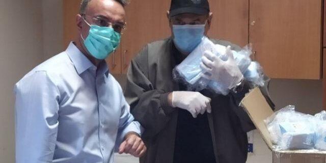 5000 μάσκες στους Νεφροπαθείς παρέδωσε ο Υπουργός Οικονομικών | 9.5.2020
