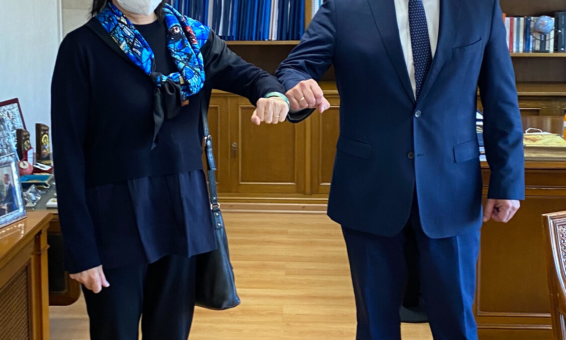 Συνάντηση Υπουργού Οικονομικών με την Πρέσβη της Κίνας | 18.2.2021