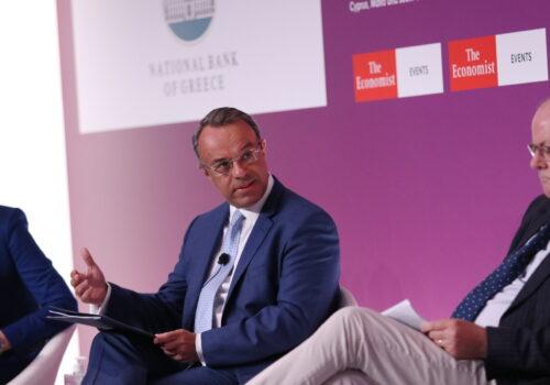 Ο Υπουργός Οικονομικών στο Συνέδριο του Economist (video) – Εύσημα Ρέγκλινγκ σε ΥπΟικ και Κυβέρνηση   8.7.2021